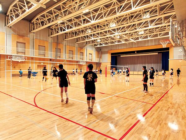 中学体育館